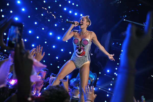 Dear Miley Cyrus–A Female Athlete's PR Perspective On The VMA's