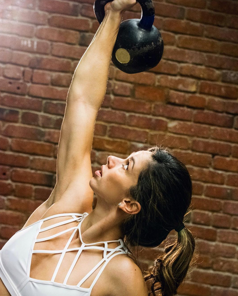 4 Ways To Keep You From Blowing Your Health And Fitness Goals This Holiday Season!
